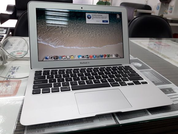 MacBook Air 13 i5 1.3G Hz